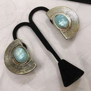 Vintage Ridged Silver Earrings With Blue Cabochons